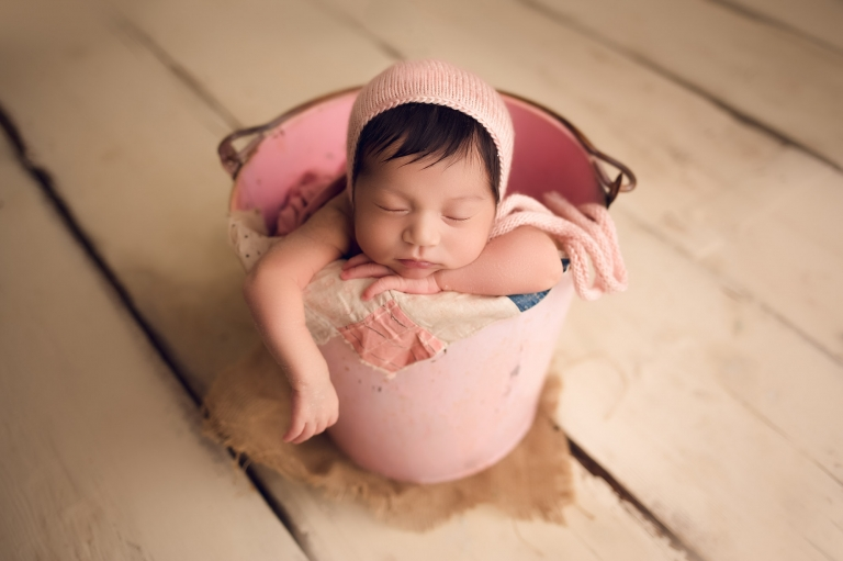 professional dfw newborn photographer